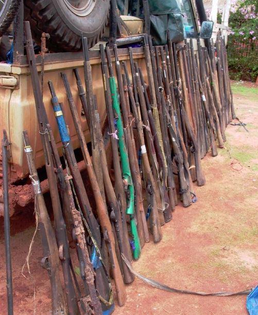 Schwarzmarkt Tschechien Waffen
